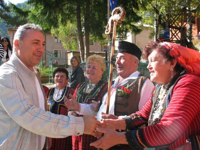 Посещението на Христо Стоичков в с. Забърдо беше паметен момент.