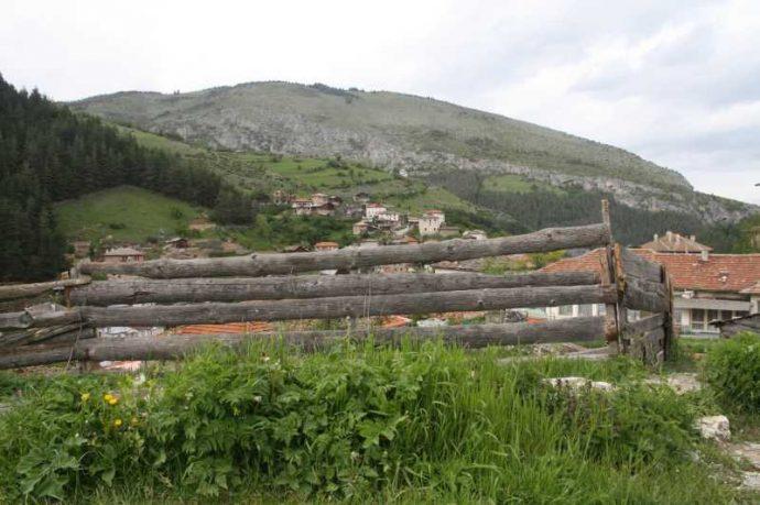 Гледка от село Забърдо