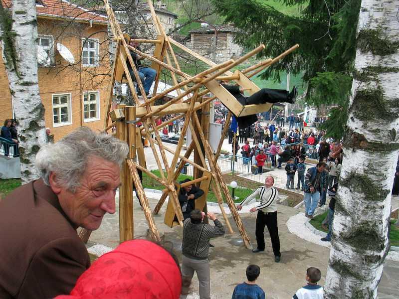 Откриването на Забърдовското колело.