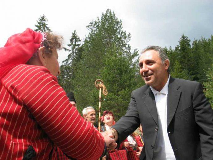 Христо Стоичков при посещението си в Забърдо
